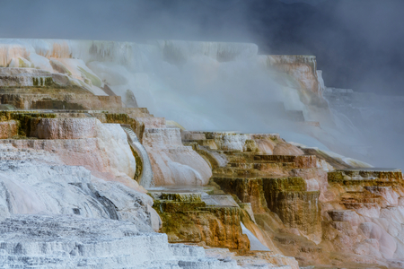 np: Mammoth Hot Springs in Yellowstone NP,USA
