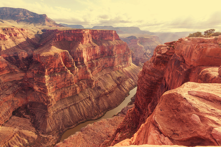 rock canyon: Grand Canyon