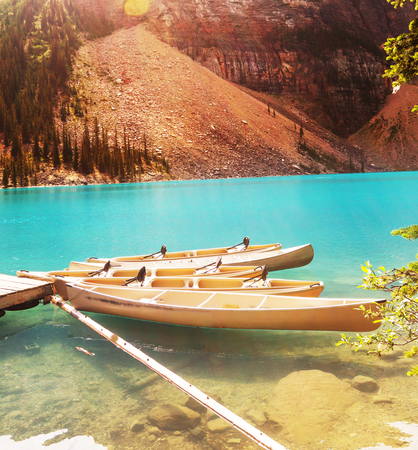 canoe: Canoe on Moraine lake Foto de archivo