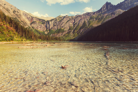 glacial: Avalanche lake in Glacial national park in Montana