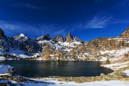 Hike to beautiful  Minaret Lake, Ansel Adams Wilderness, Sierra Nevada, California,USA.Autumn season. Фото со стока