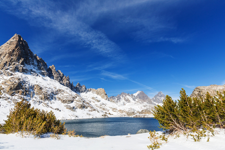 Hike to beautiful  Minaret Lake, Ansel Adams Wilderness, Sierra Nevada, California,USA.Autumn season. Stock Photo