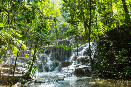 Waterfall in jungle, Mexico 스톡 콘텐츠