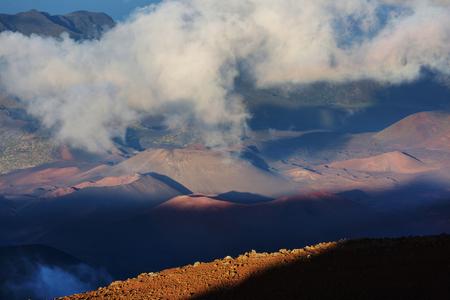 Beautiful sunrise scene  on  Haleakala volcano, Maui island, Hawaii Banco de Imagens