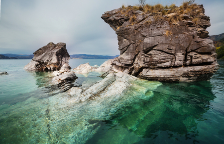 Unusual marble caves on the lake of General Carrera, Patagonia, Chile. Carretera Austral trip. 写真素材 - 120177568
