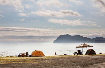 Tent in Camping. Recreation site. Banco de Imagens