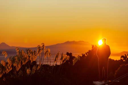 Scenic Sunset in the mountains. Autumn season. Foto de archivo