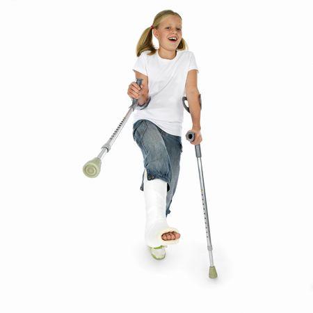 jambe cass�e: fille avec une jambe cass�e Banque d'images
