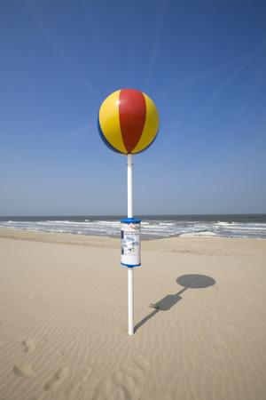 orientation pole for children at the beach Фото со стока