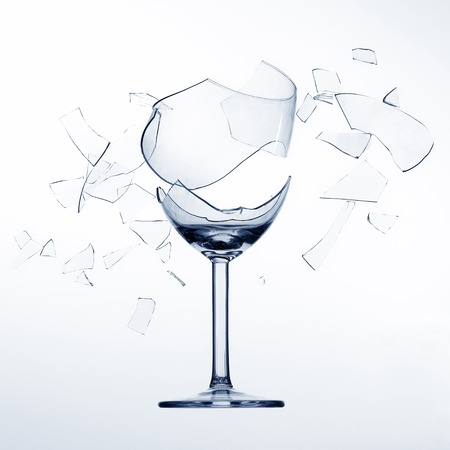 Splintering, broken  wine glas