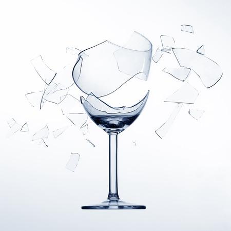 Zersplittern, gebrochene Wein glas