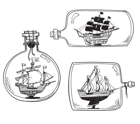 Souvenir from the sea - ship in a bottle. Zdjęcie Seryjne - 117599128