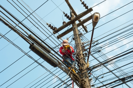 telephone pole: Electrical maintenance