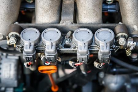 Gas injector installed in gasoline engine