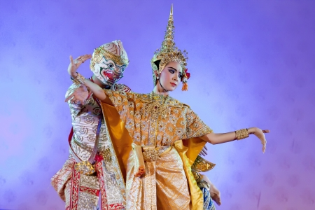 BANGKOK, THAILAND - JANUARY 15: Thai Traditional Dress. This is the ancient acting of Khon-Thai classical masked ballet in Thailand, January 15, 2012 in Bangkok, Thailand.