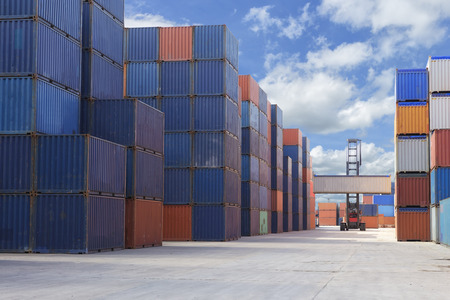 Containers box at yard for import export business Stockfoto