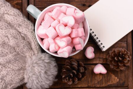 candy marshmallows on table, top view 스톡 콘텐츠