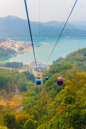 formosa: The Sun Moon Lake Ropeway is a scenic gondola cable car service that connects Sun Moon Lake with the Formosa Aboriginal Culture Village theme park. Stock Photo
