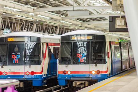 Bangkok, Thailand - January 12, 2018: Bang Wa BTS station, a BTS skytrain station, on the Silom Line in Phasi Charoen, Bangkok, Thailand. The station is located on an intersection Phetchakasem Road. 新聞圖片