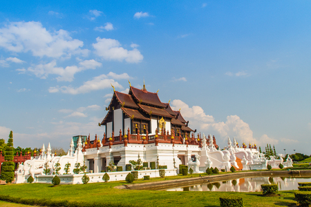 Beautiful architectural of Ho Kham Luang, the royal pavilion in lanna style building at the royal flora international horticulture exposition (Ratchaphreuk) in Chiang Mai,Thailand. Imagens