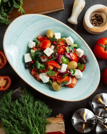 shepherd salad with olives and white cheese Stok Fotoğraf - 134747498