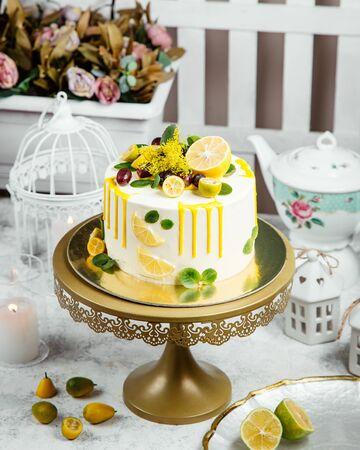 beautiful ornated cake with lemon Stok Fotoğraf - 134747432