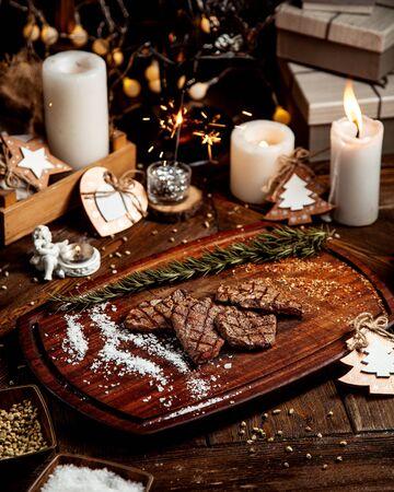 roasted meat pieces with salt 版權商用圖片