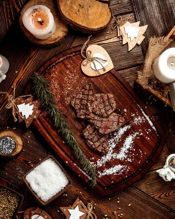 roasted meat slices with salt 版權商用圖片