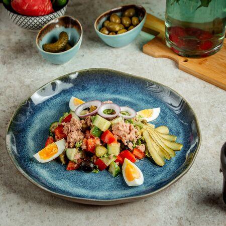 tuna salad with eggs and pickles 版權商用圖片