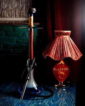 a hookah with red lamp 版權商用圖片