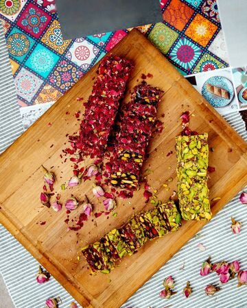 turkish delights with rose petals and pistache