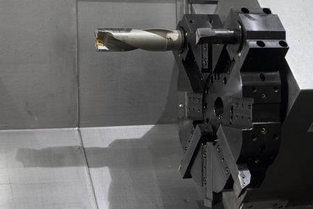 Spindel modernen Werkzeugmaschine. Geringe Schärfentiefe.