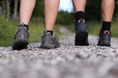 Bottes de randonnée dans l'action extérieure
