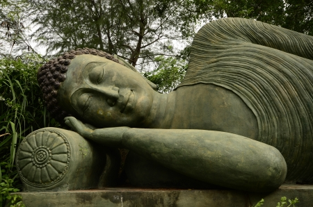Reclining Buddha Image photo
