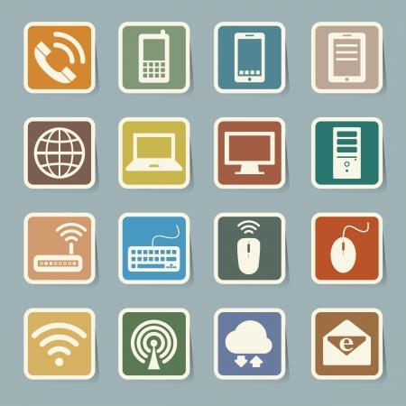 Icono conjunto de dispositivos móviles, computadoras y conexiones de red, Ilustración