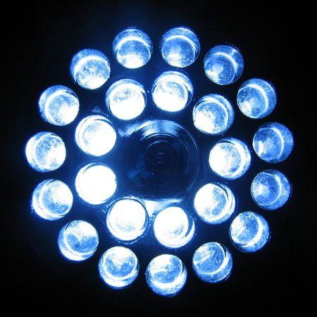 24 LED zaklamp ingeschakeld