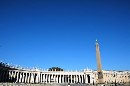 obelisk stone: Piazza San Pietro
