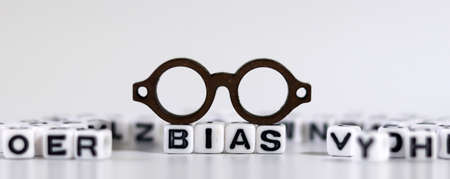 The concept of biased views judged by appearances. 版權商用圖片