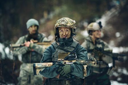 レンジャー隊の若い女性兵士メンバー 写真素材