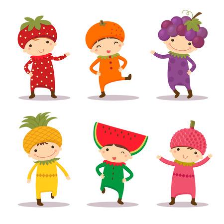 Ilustrace roztomilé děti v jahody, pomeranče, hroznové, ananasem, meloun a liči kostýmy
