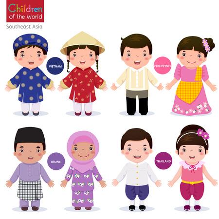 niño y niña: Los niños en traje tradicional; Vietnam, Filipinas, Brunei y Tailandia Vectores