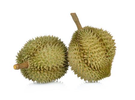 Durian geïsoleerd op witte achtergrond.