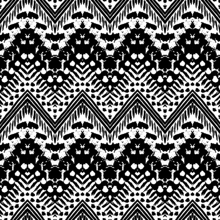 chevron pattern: Hand drawn painted seamless pattern. Vector illustration for tribal design. Ethnic motif. Zigzag and stripe line. Black and white colors. For invitation, web, textile, wallpaper, wrapping paper.