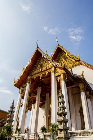 thep: Wat Suthat Thep Wararam in Bangkok - thailand