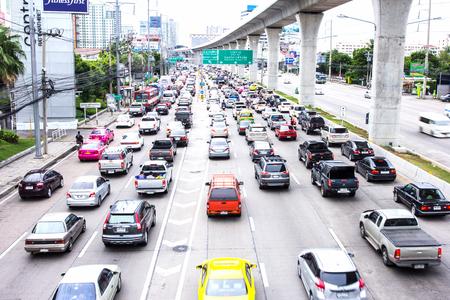 gridlock: MUEANG, NONTHABURI- JULY20, 2015: Traffic jam on Rattanathibet Road, Nonthaburi.