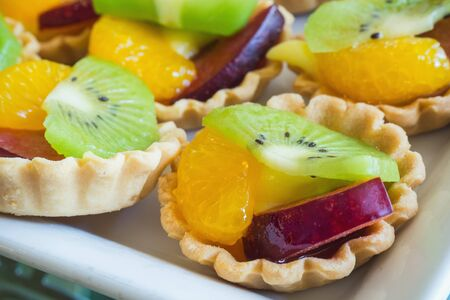 Close up of fruit tarts, bakery break in the afternoon. Stockfoto