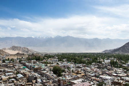 Landscape of Leh-Ladakh city on large mountain background with and blue sky. It is located in the Indian Himalayas at an altitude of 3500 meters. 免版税图像