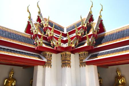 holy night: Wat Pho, Bangkok, Thailand