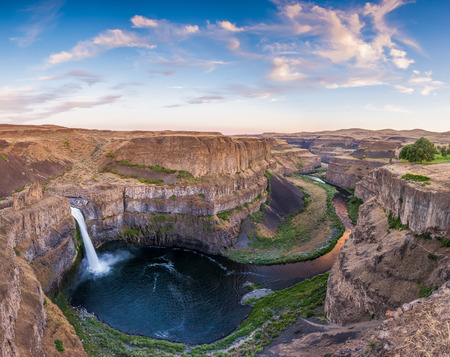 palouse: beautiful clouds over Palouse Fall in Washington, USA