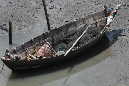 boat at mud